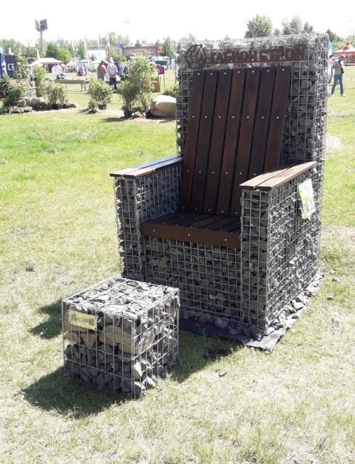 Садовая мебель габионы